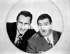 Abbott & Costello in Suit and Hat Looking at the Time Premium Art Print