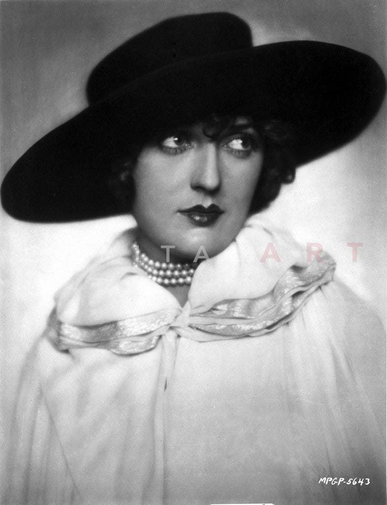 Bebe Daniels Portrait in Black Brim Hat and White Linen Dress Premium Art Print