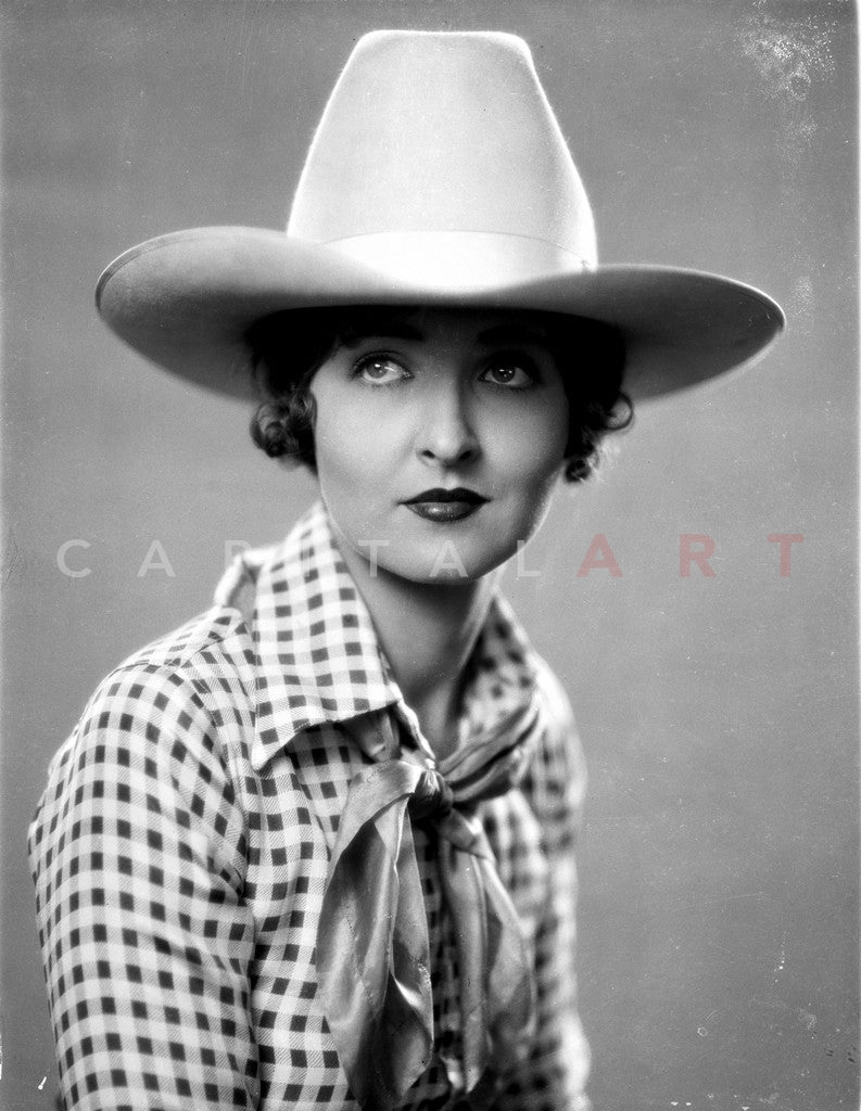 Gladys McConnell Gladys McConnell new foto