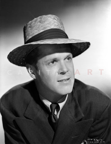 Dan Duryea in Portrait in Black Suit with Straw Hat Premium Art Print