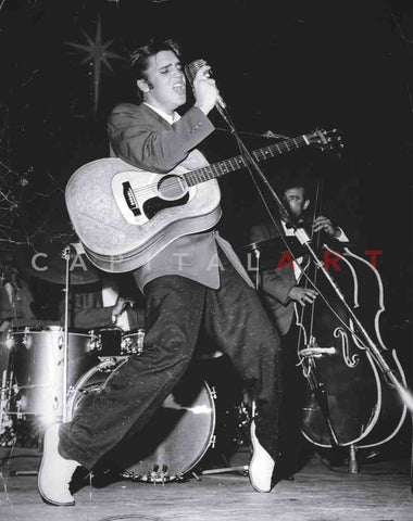 1957 ELVIS PRESLEY The KING of ROCK n' ROLL Performing!