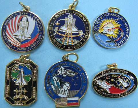 Charm NASA Space Shuttle Discovery