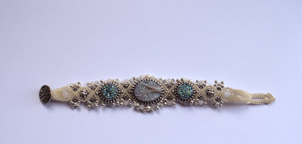 Isha Elafi Silverdrop Bracelet in White with Blue and White Druzy Stones