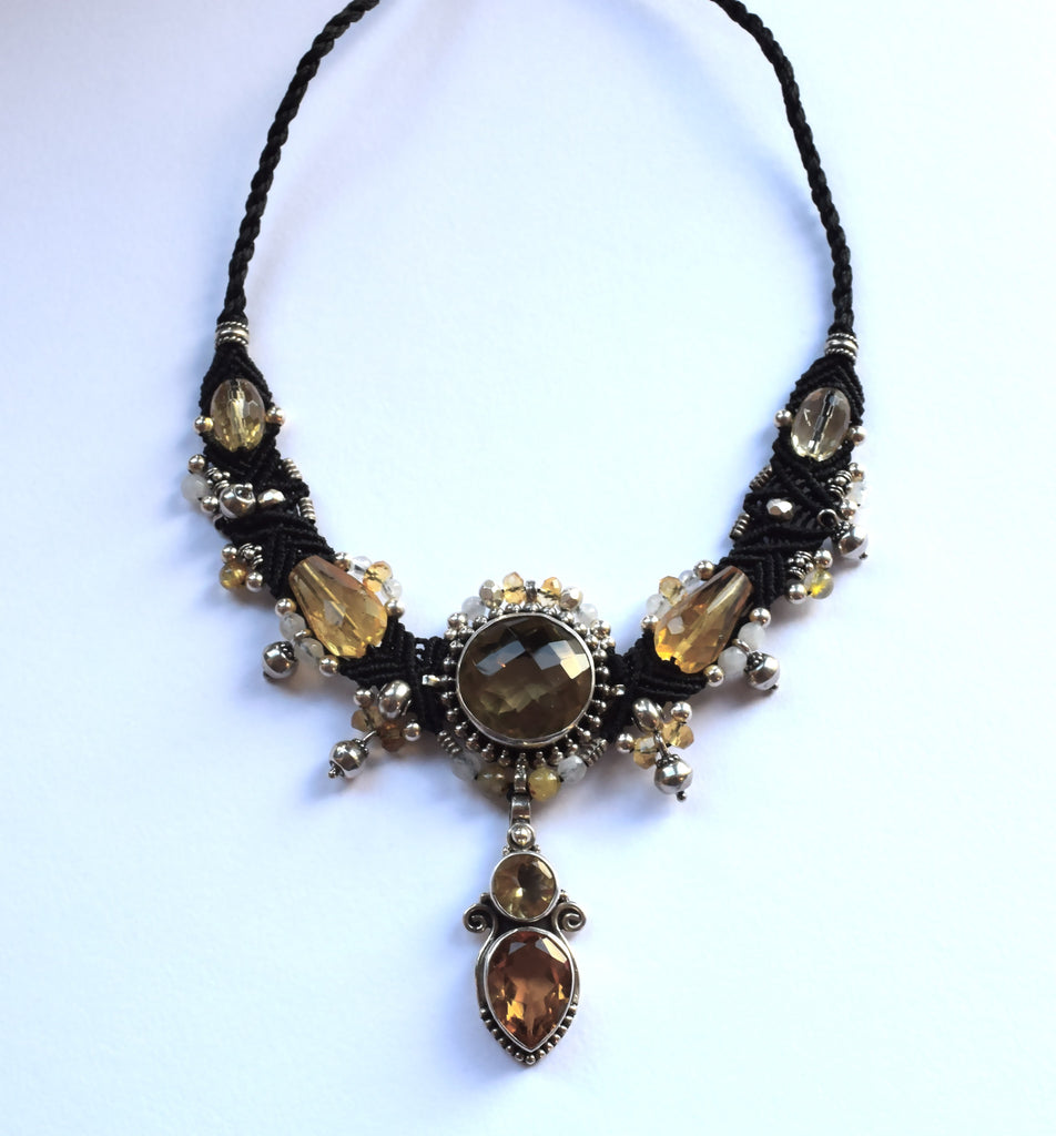 Isha Elafi Big Gio Necklace with Citrine Stones