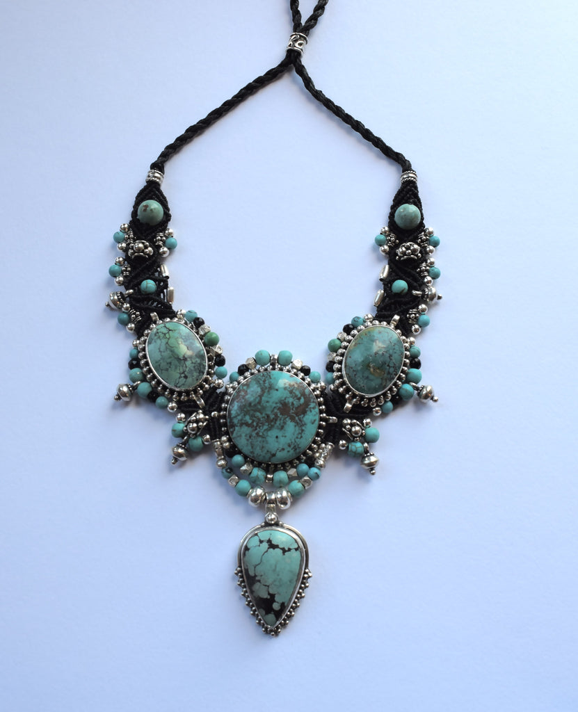 Isha Elafi Big Choker Black with Turquoise Stones