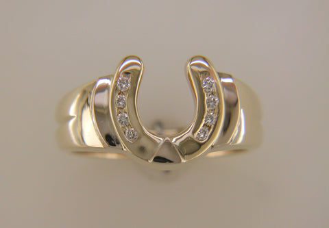 Horseshoe Ring in 14k Gold with Diamonds