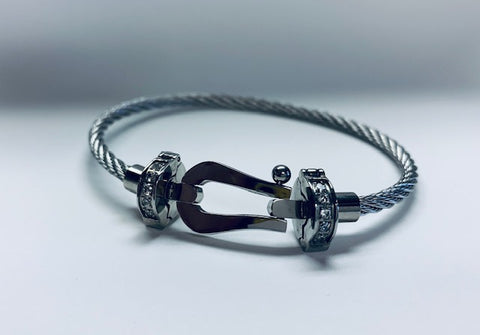 Stainless Steel Cable Bracelet With U-Shape Locking Clasp.