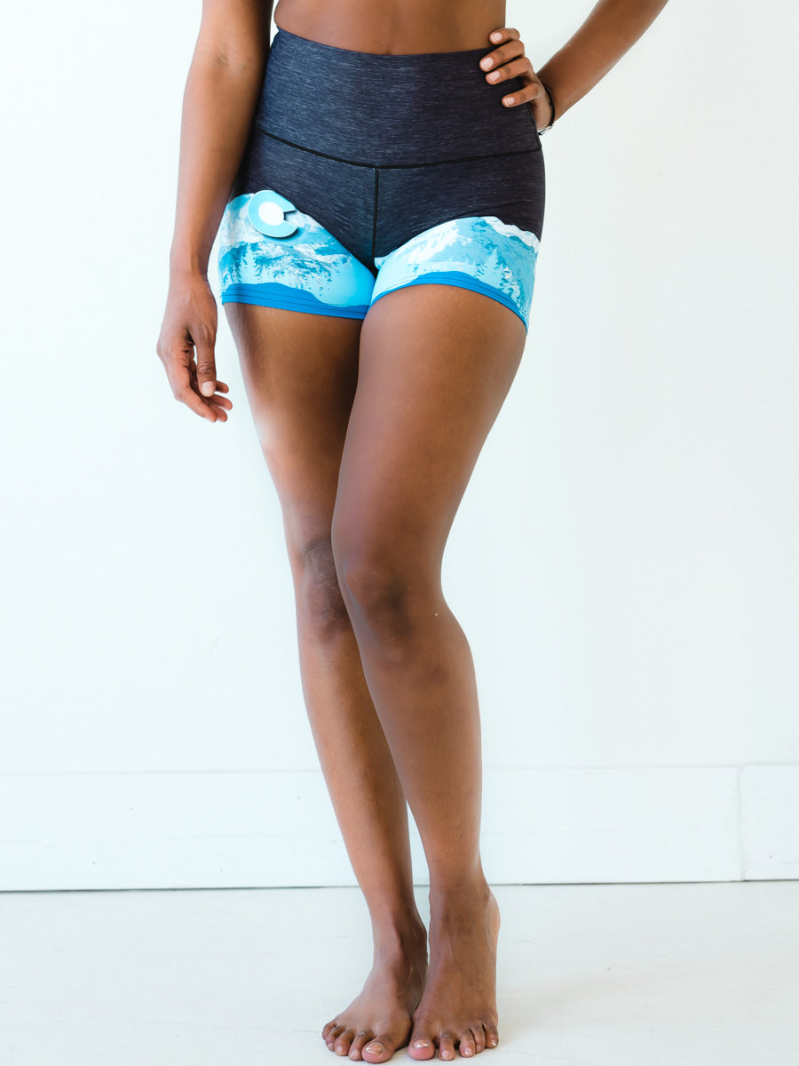 Black Heather Mountain Yoga Shorts