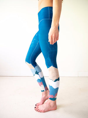 Abstract Mountain Yoga Pants