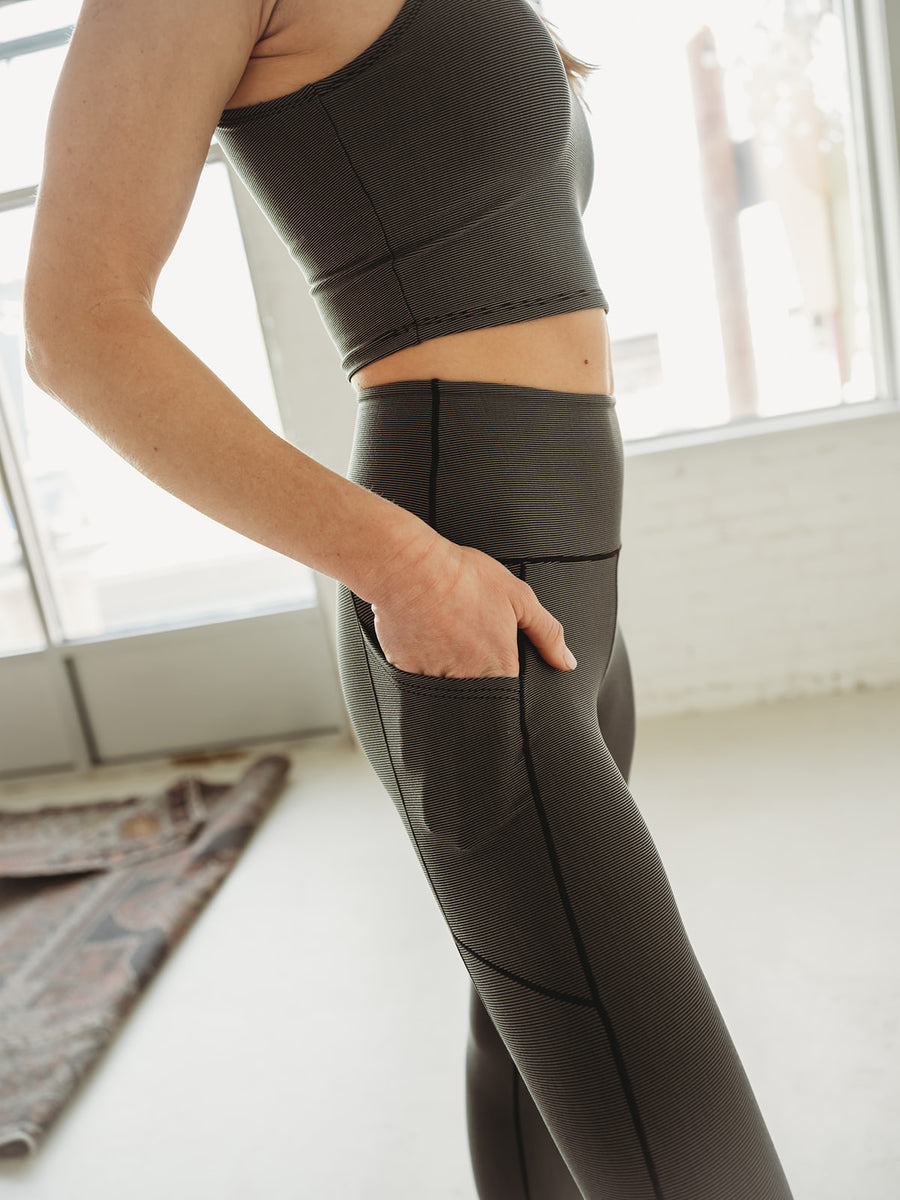 Grey Wander Pocket Yoga Pants in Microstripe