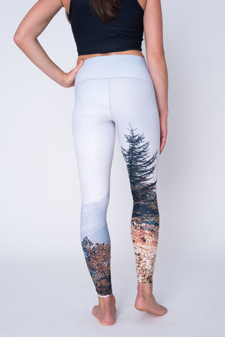 Mountain Vista Yoga Pants