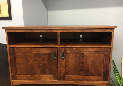 112 Entertainment Cabinet with 2 Doors