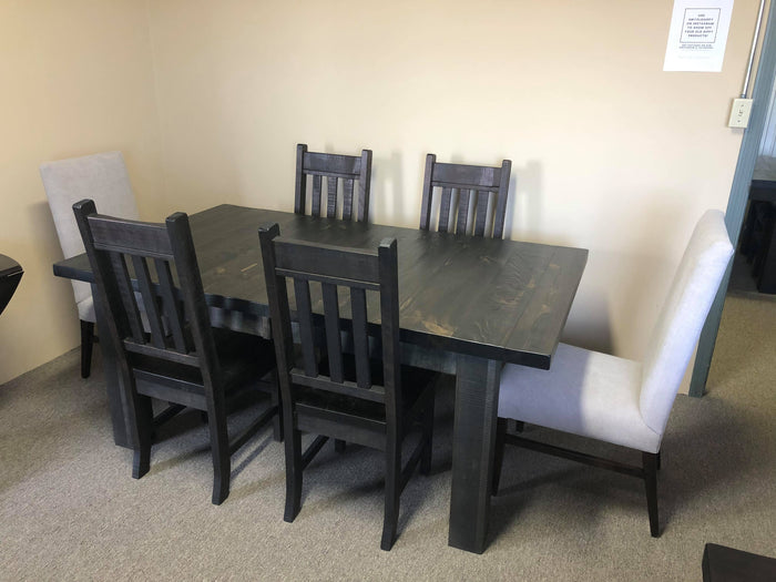 Rustic Pine R452P Super Table, 4 Rustic Slat Back Chairs & 2 Grey Fabric Parson Chairs in Ebony Finish S-138