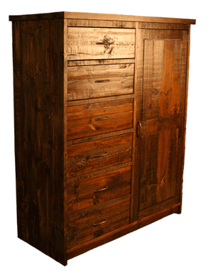 Rustic Cowboys Chest R220