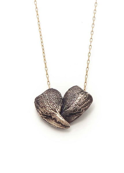 CLAW HEART NECKLACE