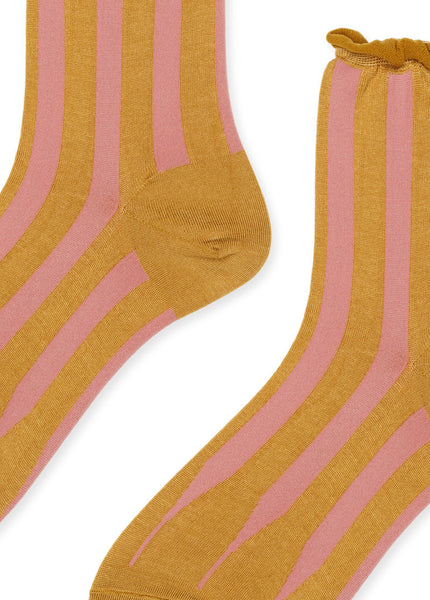 Pleat Short Crew Socks