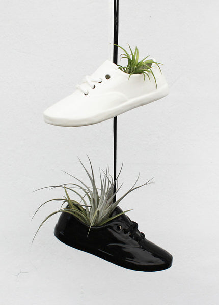 Large Shoe Pot Planter - Black/Left