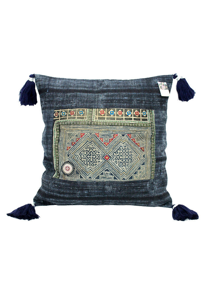 Roxy Pillow with tassels-DKH