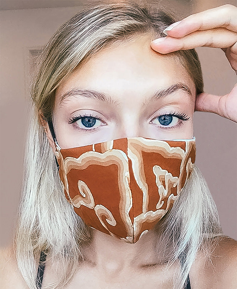 tie dye batik face mask fashion blogger boho summer beautiful