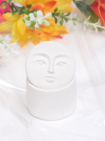 ANDRESGALLARDO Handcrafted White Porcelain Moon Box in Small