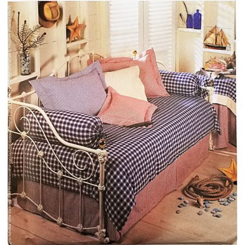 Bedroom Essentials McCalls 3559 Home Decorating Sewing Pattern 2002 c2686