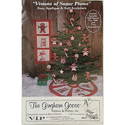 Visions of Sugar Plums Pattern Applique Soft Sculpture Tree Skirt Holiday c419