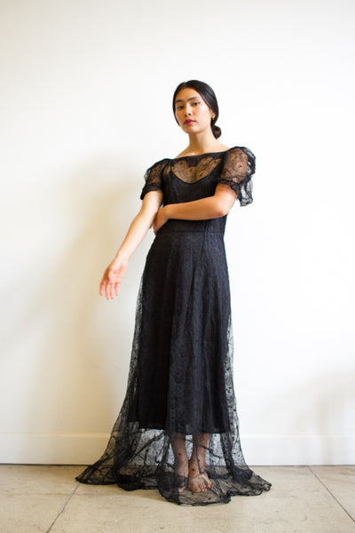 1930s Web-Laced Puff Sleeve Gown