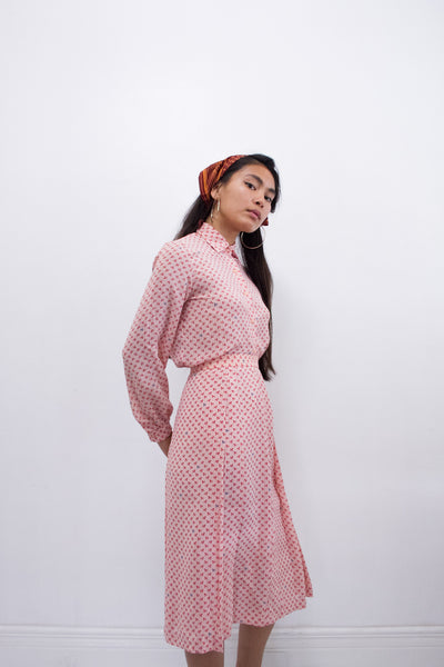 1970s Graphic Pink Print Set