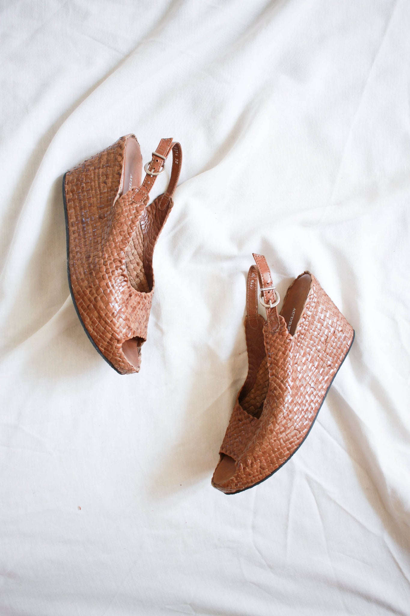 1990s Audrey Brooke Woven Wedges | 38