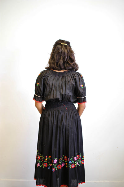 1970s Hungarian Gauzy Embroidered Set