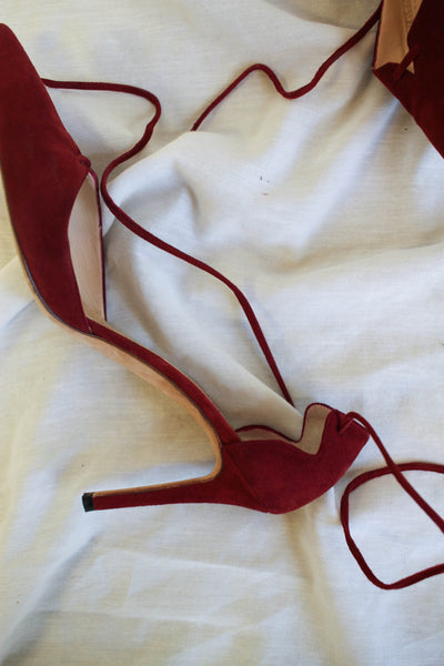1990s Berry Suede Manolo Blanik Pumps | 7