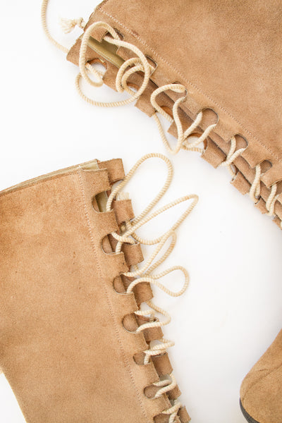 1970s Desert Suede Lace Up Boots | 7