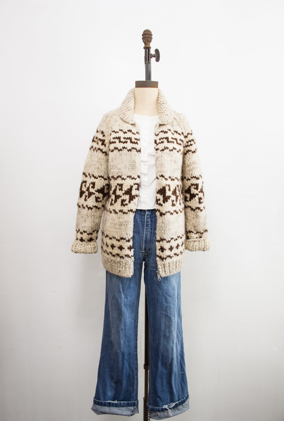 1970s Cowichan Oatmeal Wool Knit Sweater