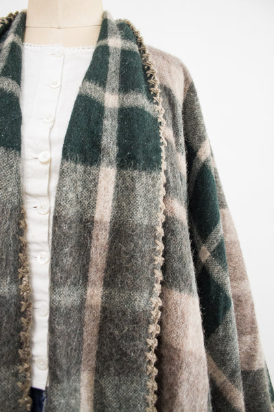 1970s Green Plaid Print Wool Poncho