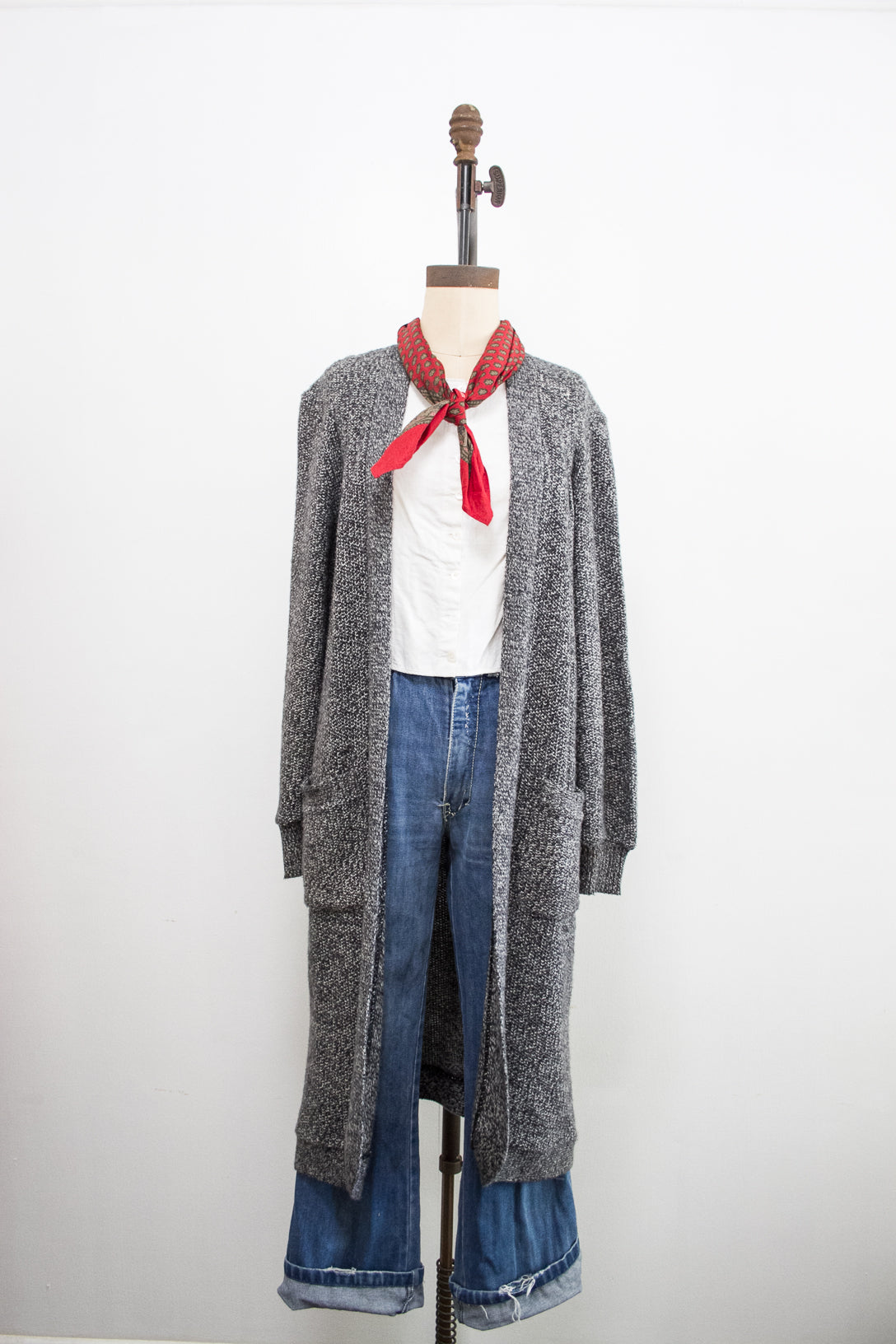1980s Bullocks Wilshire Soft Grey Long Cardigan