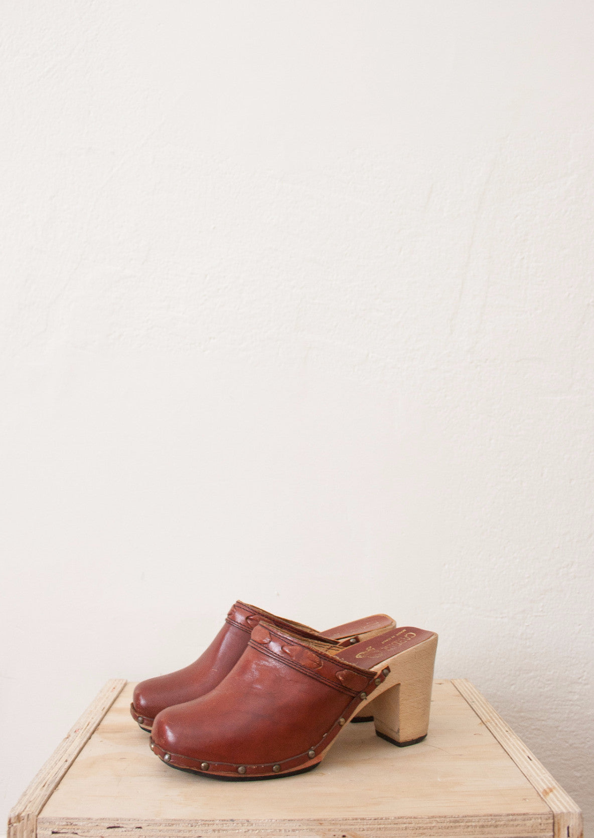 Oxblood Leather Wooden Mules | 6 1/2