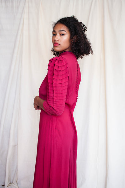 1940s Fushia Rayon Pleated Sleeve Dress