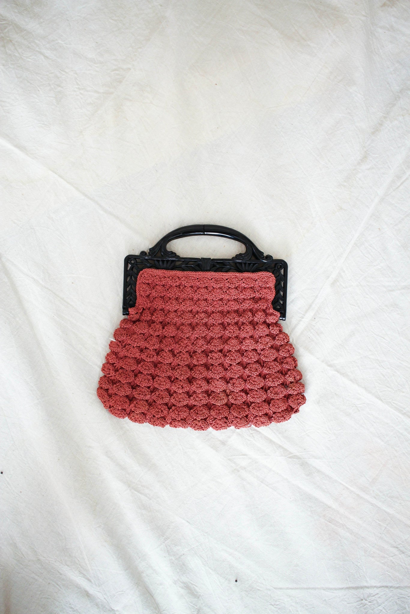 1930s Mauve Berry Knit Handbag