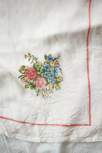 1920s Silk Chiffon Cross-Stitched Ecru Scarf