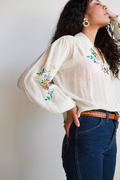 1940s White Rayon Hungarian Embroidered Blouse
