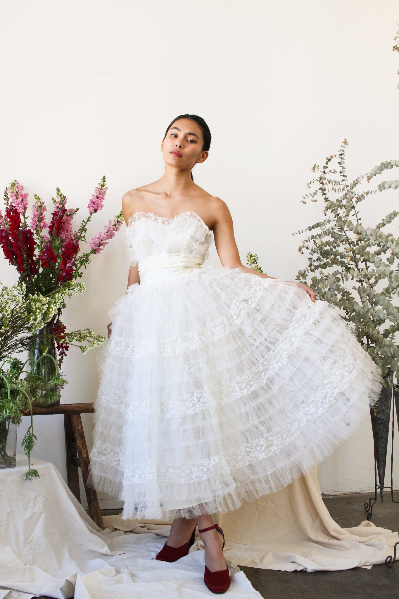1950s White Net Tulle Tiered Strapless Party Dress