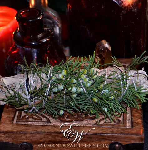 Cedar & White Sage Smudge Wand - Purification, Cleansing, To atract prosperity & wealth