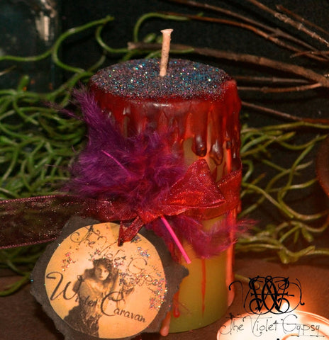 Winter Caravan Candle from The Violet Gypsy - With Patchouli . Black Amber . Madagascar Vanilla & Whiskey scent.