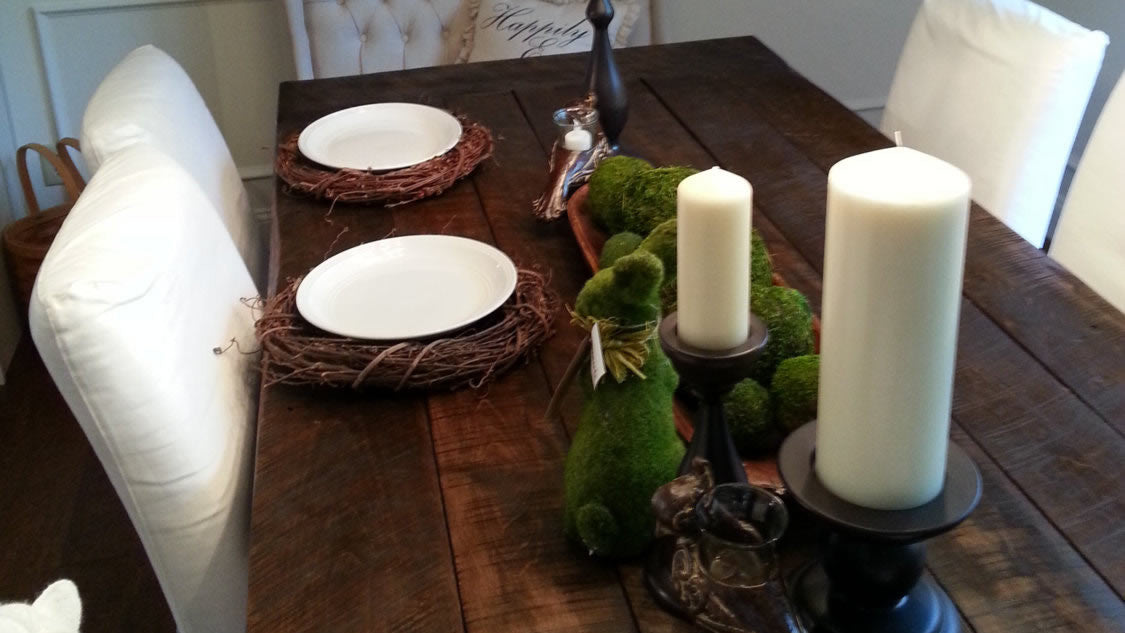 <em>The</em> farmhouse table