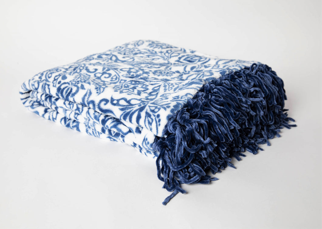 Stylish Damask Fringe Throw