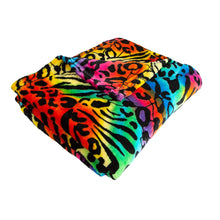 "Load image into Gallery viewer, Ultra Plush and Super Soft Throw ""50' x ""60"""