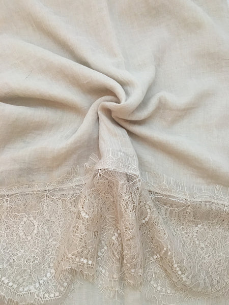 French Lace-Creme