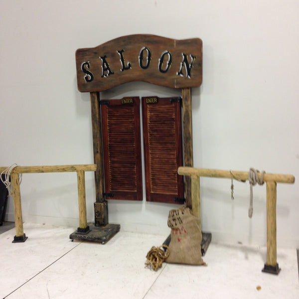 Saloon Doors & Hitching Posts