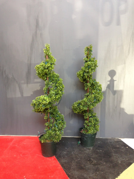 Topiary Trees 4 Ft with Lights