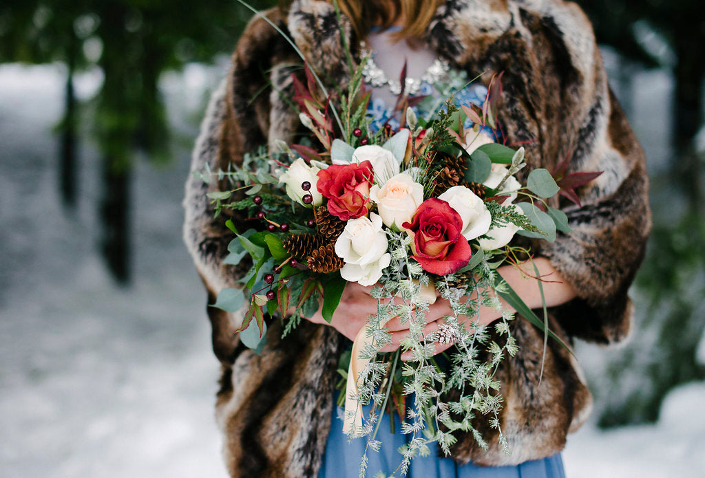 winter wedding floral bouquet